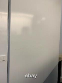 Bosch Tall Larder Freestanding Fridge white
