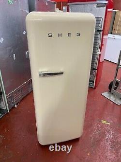 Smeg FAB28RCR3UK 60cm Cream 50's Retro Fridge
